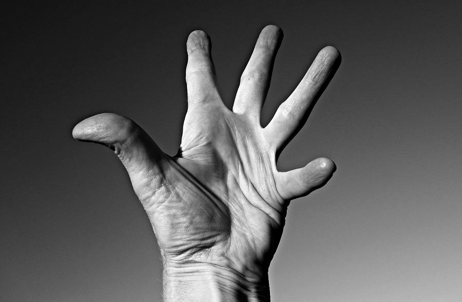 hand-1621180_1280